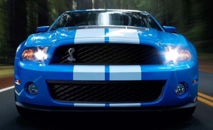 2010 Ford Mustang Shelby GT500 coupe - Slide 36