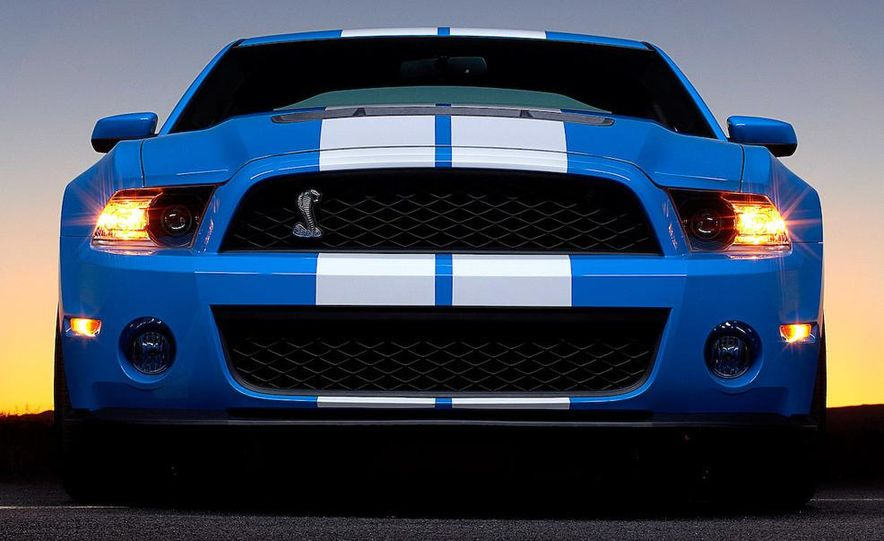 2010 Ford Mustang Shelby GT500 coupe - Slide 38