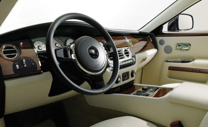 2010 Rolls-Royce Ghost - Slide 89
