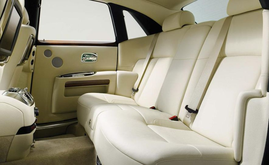 2010 Rolls-Royce Ghost - Slide 91