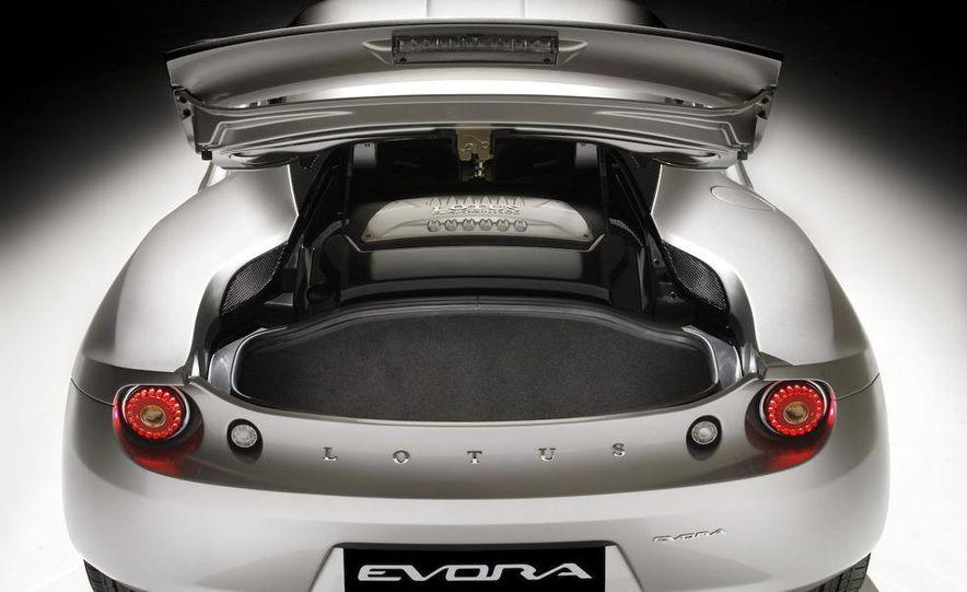 2010 Lotus Evora - Slide 11