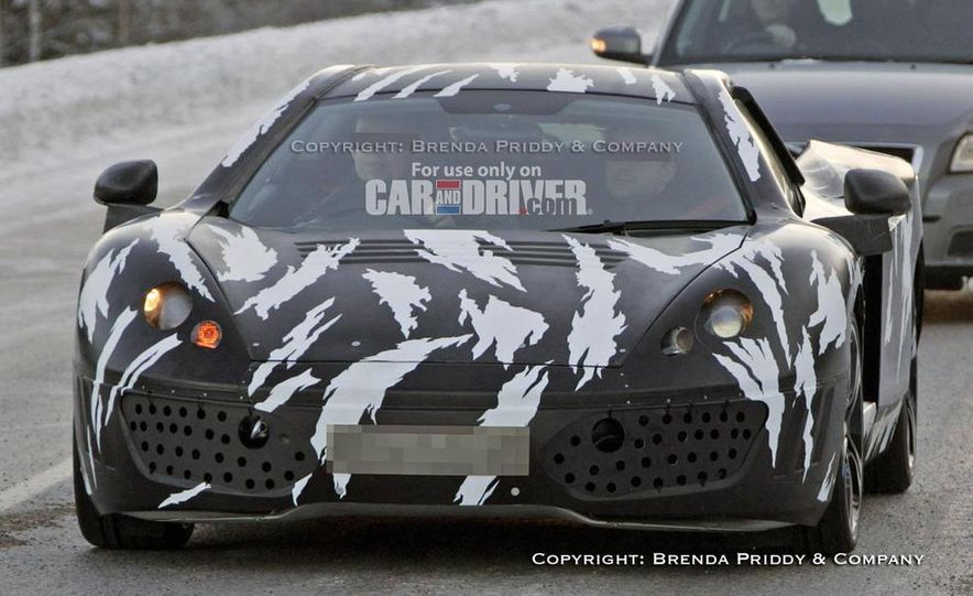 2012 McLaren P11 (spy photo) - Slide 1