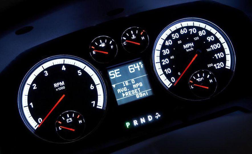 Jeep Wrangler Unlimited EV, Jeep Patriot EV, Chrysler Town & Country EV, and Dodge Circuit EV concepts - Slide 12