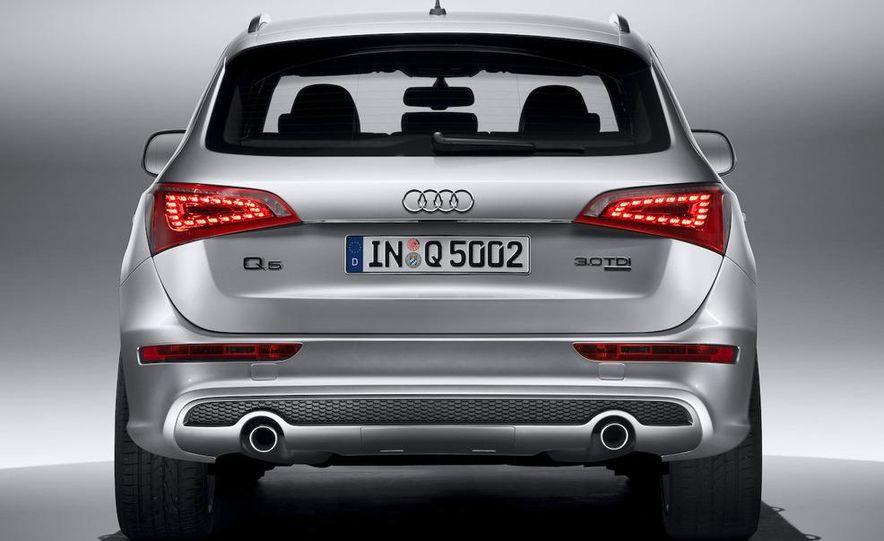 2009 Audi Q5 3.0 TDI (European spec) - Slide 1