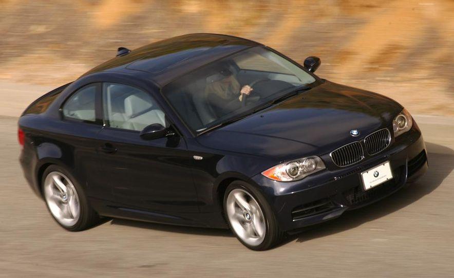 2008 BMW M3 coupe 4.0-liter V-8 engine - Slide 16
