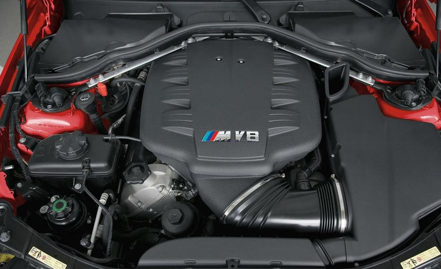2008 BMW M3 coupe 4.0-liter V-8 engine - Slide 1