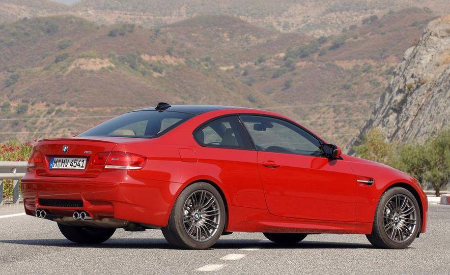 2008 BMW M3 coupe 4.0-liter V-8 engine - Slide 4