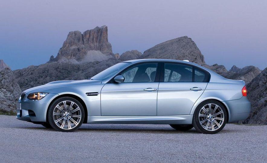 2008 BMW M3 coupe 4.0-liter V-8 engine - Slide 30