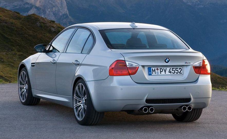 2008 BMW M3 coupe 4.0-liter V-8 engine - Slide 31