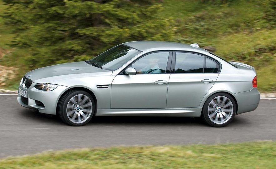 2008 BMW M3 coupe 4.0-liter V-8 engine - Slide 65