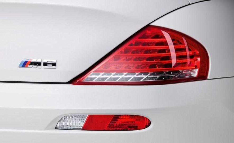 2008 BMW M3 coupe 4.0-liter V-8 engine - Slide 50