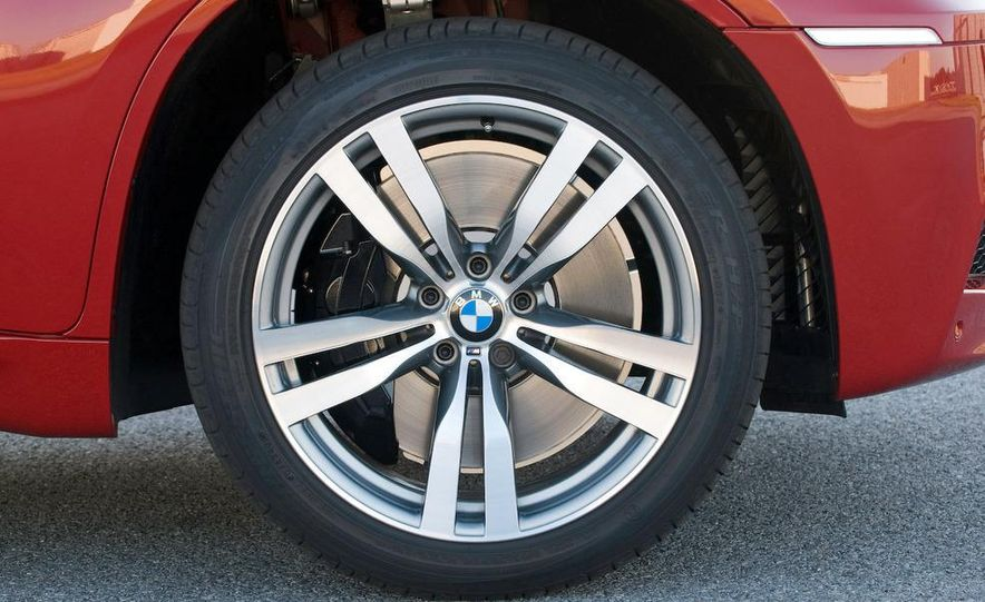 2008 BMW M3 coupe 4.0-liter V-8 engine - Slide 77