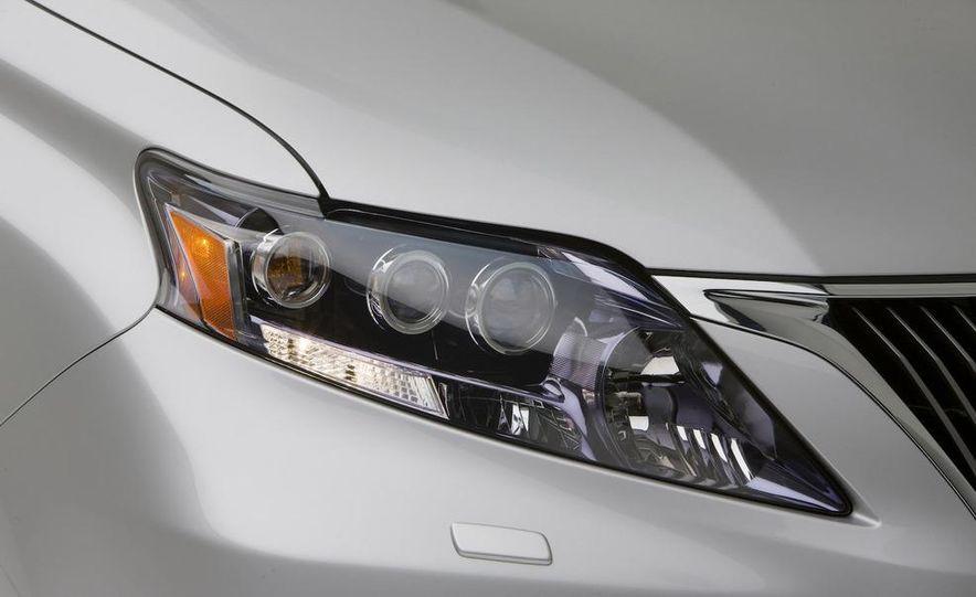 2010 Lexus IS350 C convertible - Slide 6