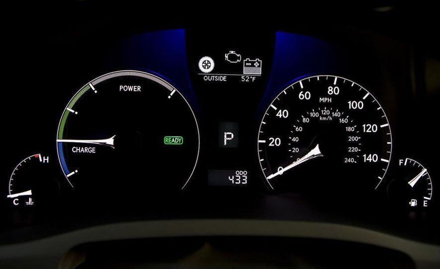 2010 Lexus IS350 C convertible - Slide 8
