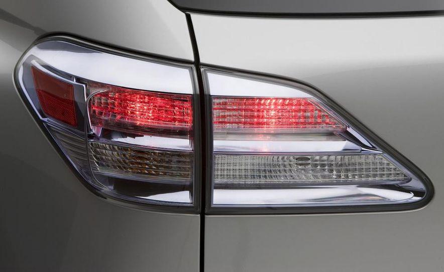 2010 Lexus IS350 C convertible - Slide 7