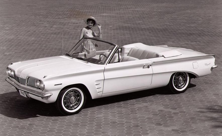 1963 Pontiac LeMans convertible - Slide 10