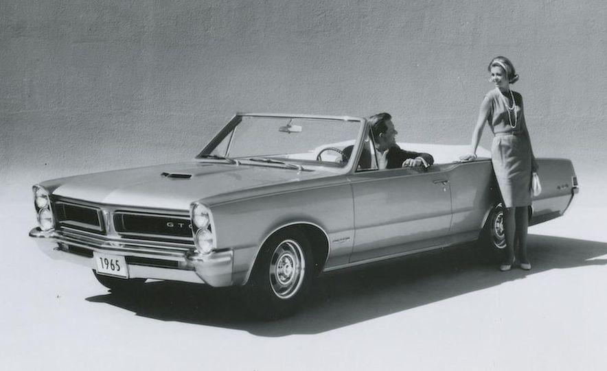 1963 Pontiac LeMans convertible - Slide 27