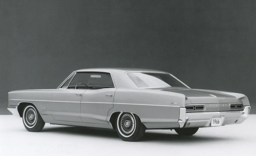 1963 Pontiac LeMans convertible - Slide 3