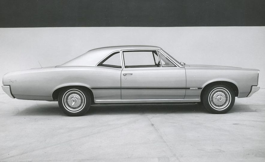 1963 Pontiac LeMans convertible - Slide 7