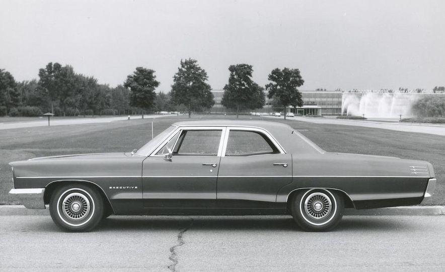 1963 Pontiac LeMans convertible - Slide 21