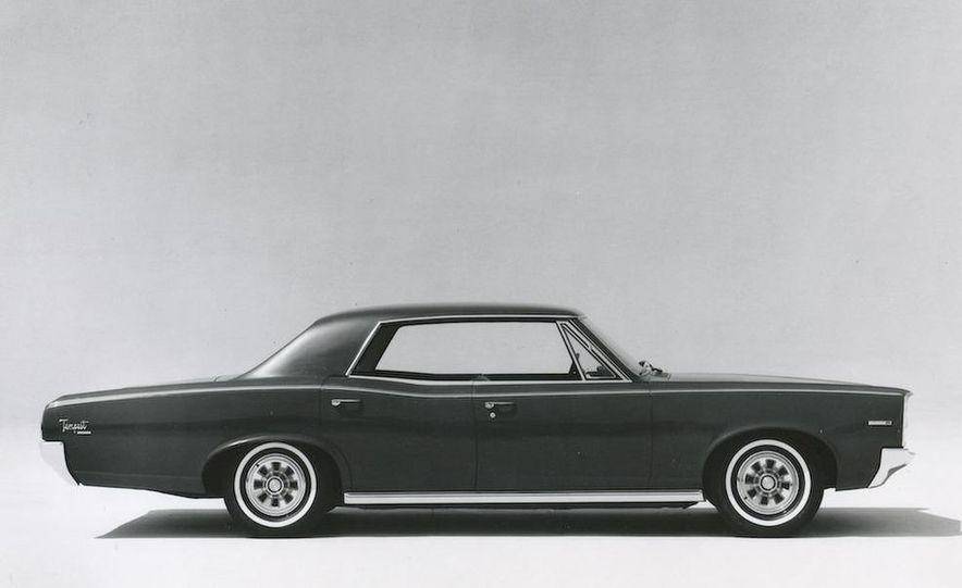 1963 Pontiac LeMans convertible - Slide 13