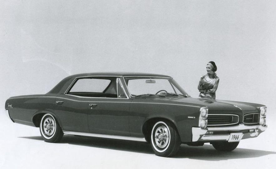 1963 Pontiac LeMans convertible - Slide 14