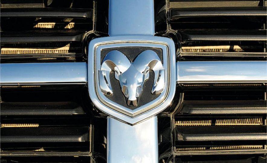 2008 Dodge Grand Caravan SXT - Slide 7