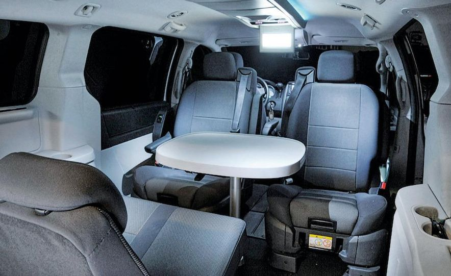 2008 Dodge Grand Caravan SXT - Slide 9