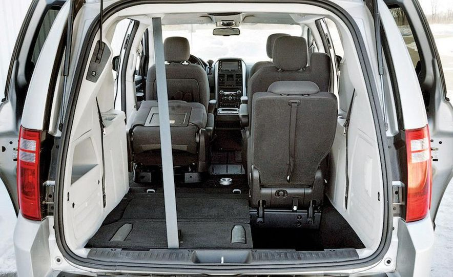 2008 Dodge Grand Caravan SXT - Slide 14