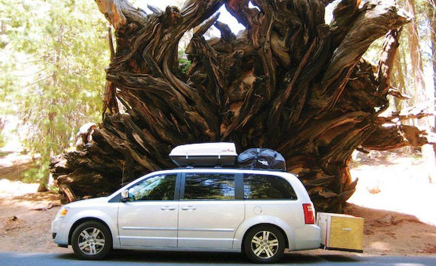 2008 Dodge Grand Caravan SXT - Slide 6