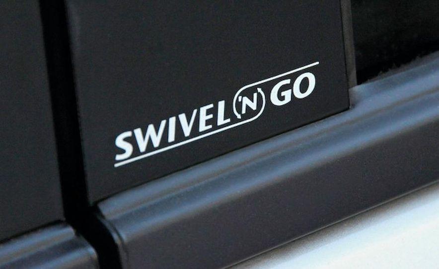2008 Dodge Grand Caravan SXT - Slide 10