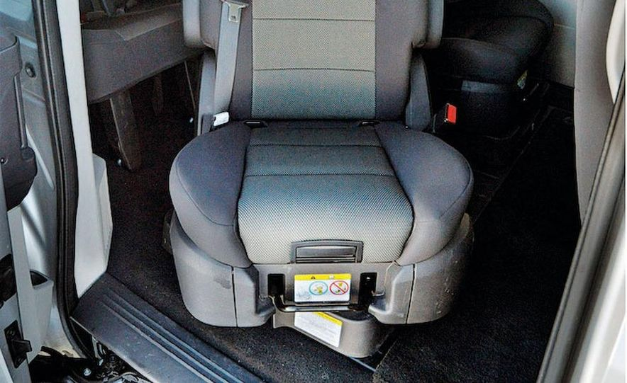 2008 Dodge Grand Caravan SXT - Slide 11