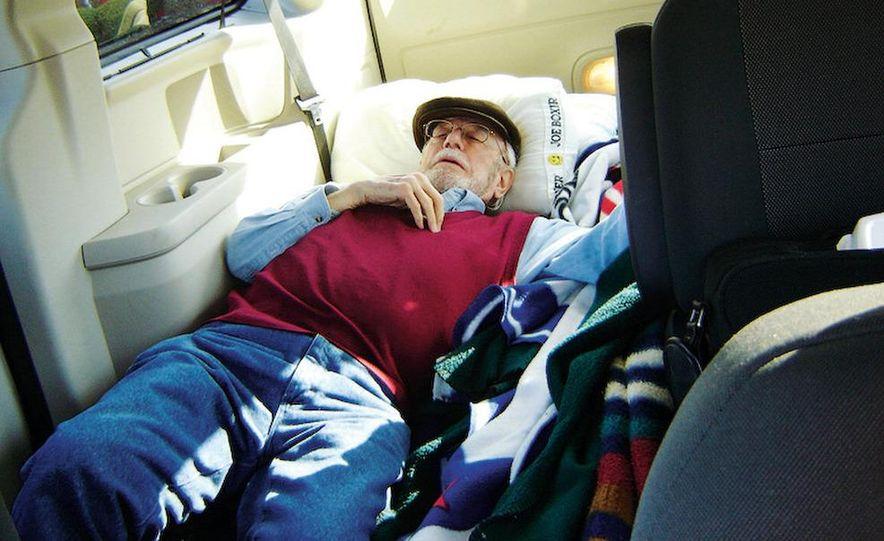 2008 Dodge Grand Caravan SXT - Slide 12