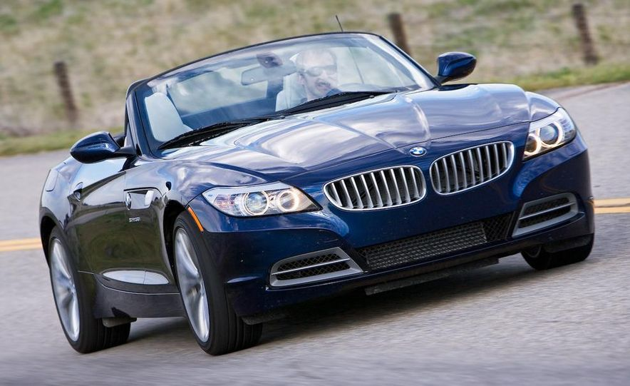 2009 BMW Z4 sDrive35i manual - Slide 4