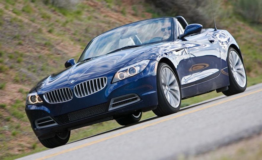 2009 BMW Z4 sDrive35i manual - Slide 5