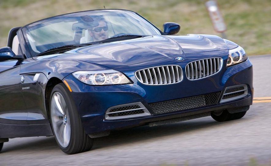 2009 BMW Z4 sDrive35i manual - Slide 9