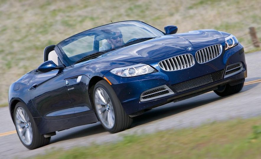 2009 BMW Z4 sDrive35i manual - Slide 6