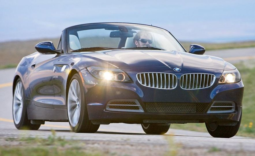 2009 BMW Z4 sDrive35i manual - Slide 7