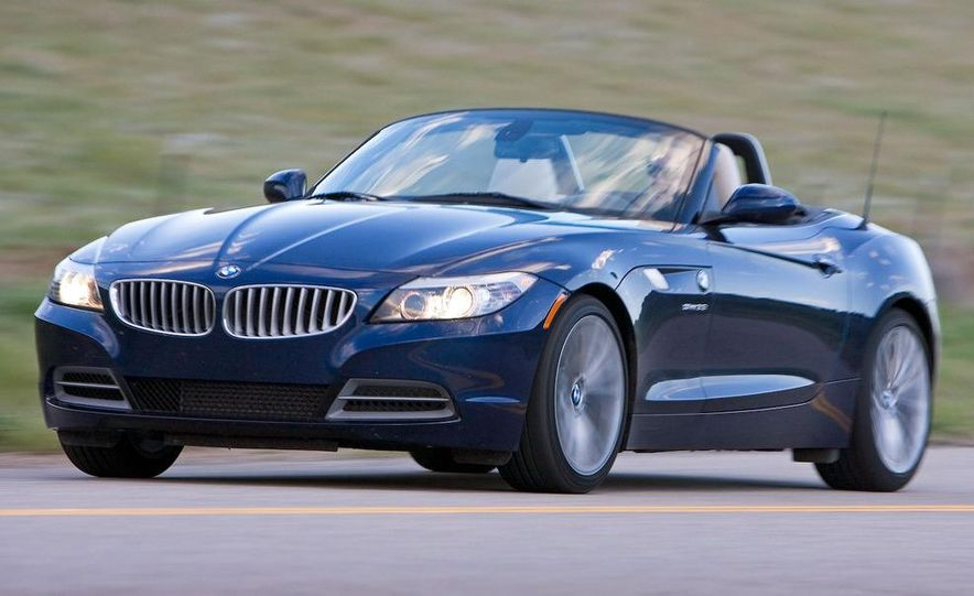 2009 BMW Z4 sDrive35i manual - Slide 8