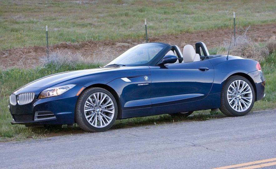 2009 BMW Z4 sDrive35i manual - Slide 12