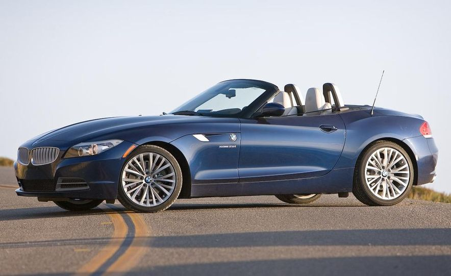 2009 BMW Z4 sDrive35i manual - Slide 13