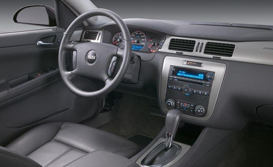2008 Chevrolet HHR SS - Slide 11