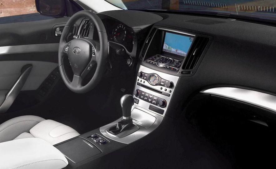 2009 Infiniti G37 convertible - Slide 20