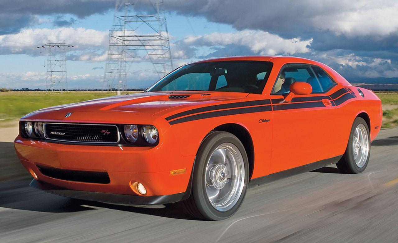 2009 dodge challenger r t rh caranddriver com 14 Dodge Challenger Repair Manuals Dodge Challenger