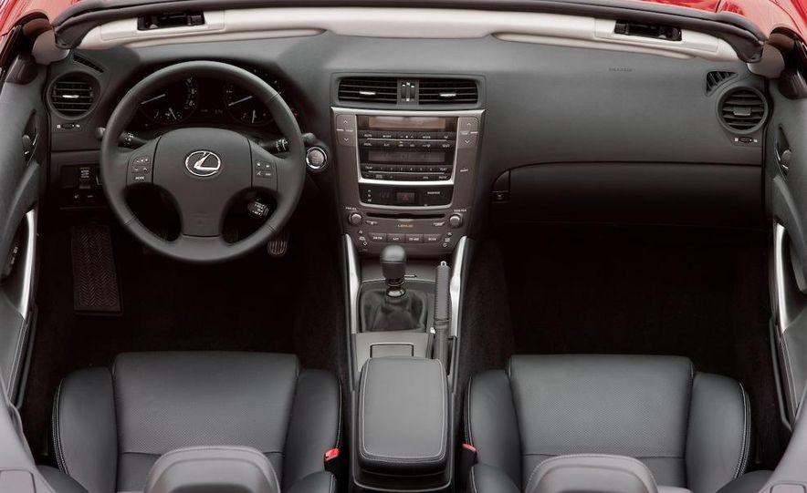 2010 Lexus IS350C - Slide 21