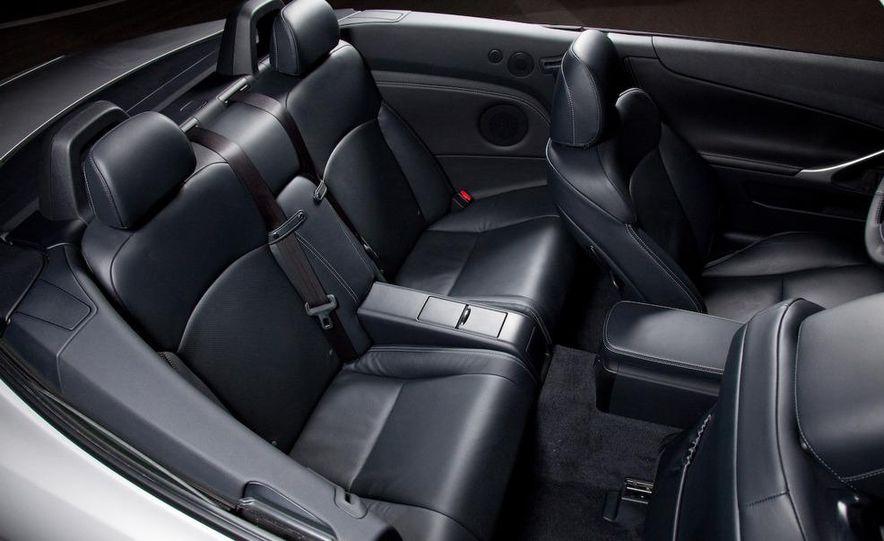 2010 Lexus IS350C - Slide 12