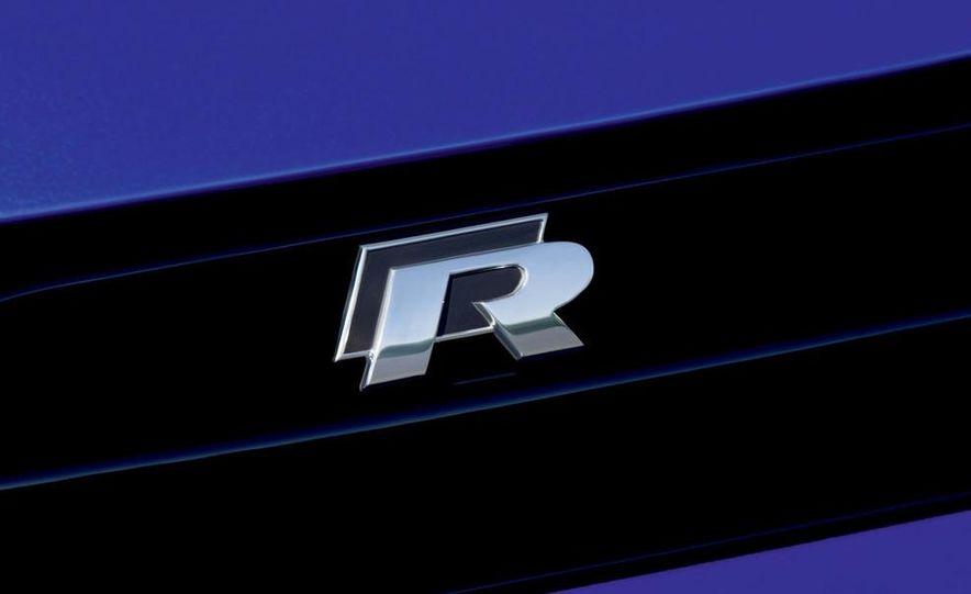 2010 Volkswagen Scirocco R - Slide 31