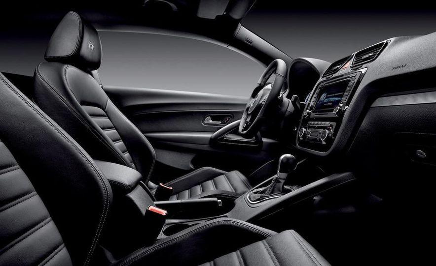 2010 Volkswagen Scirocco R - Slide 29