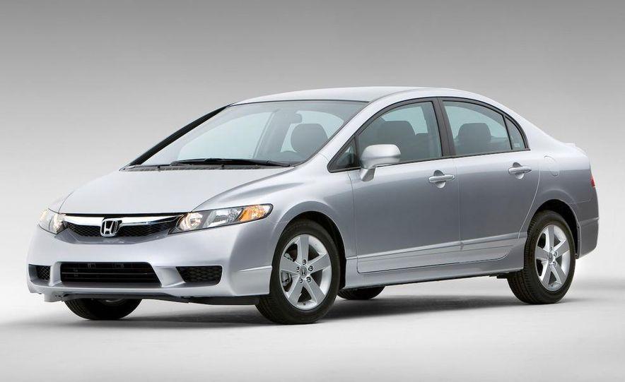 U.S. - 2009 Honda Civic: 28.5 mpg combined - Slide 1