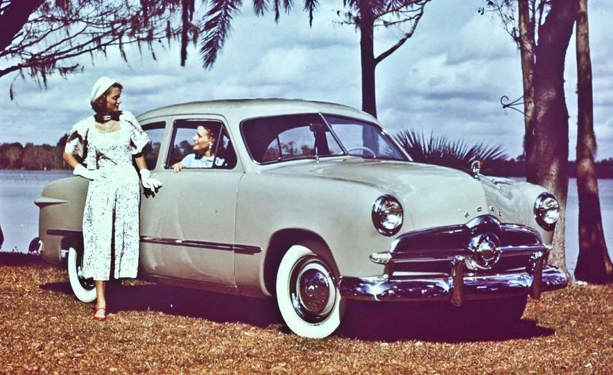1949 Ford Coupe - Slide 4